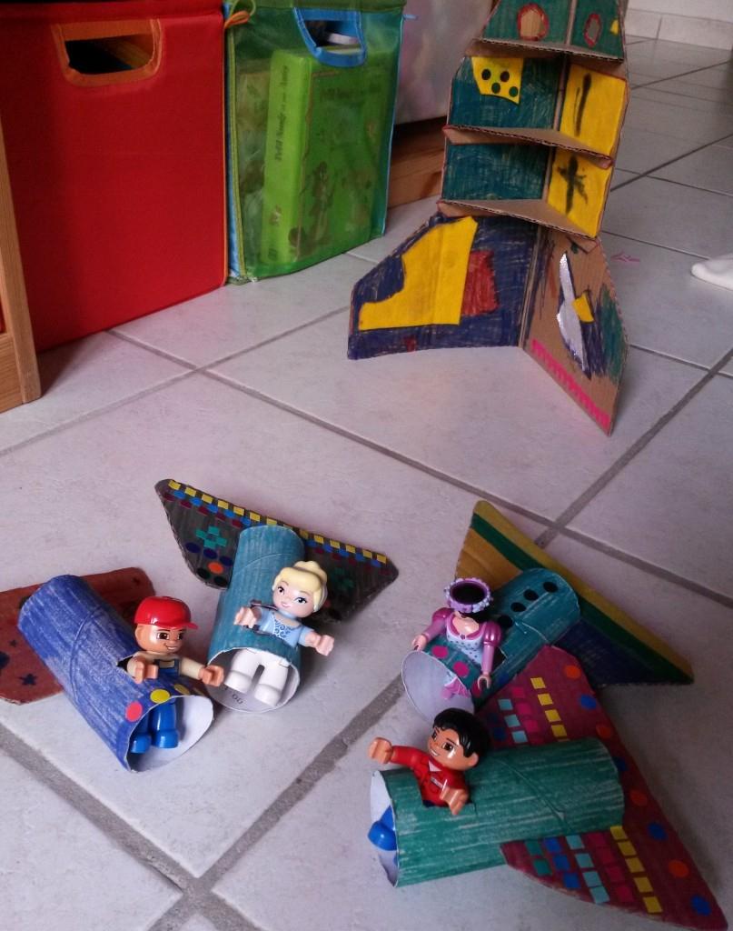 3 Constructions En Carton À Faire Avec Les Enfants concernant Activité 2 3 Ans