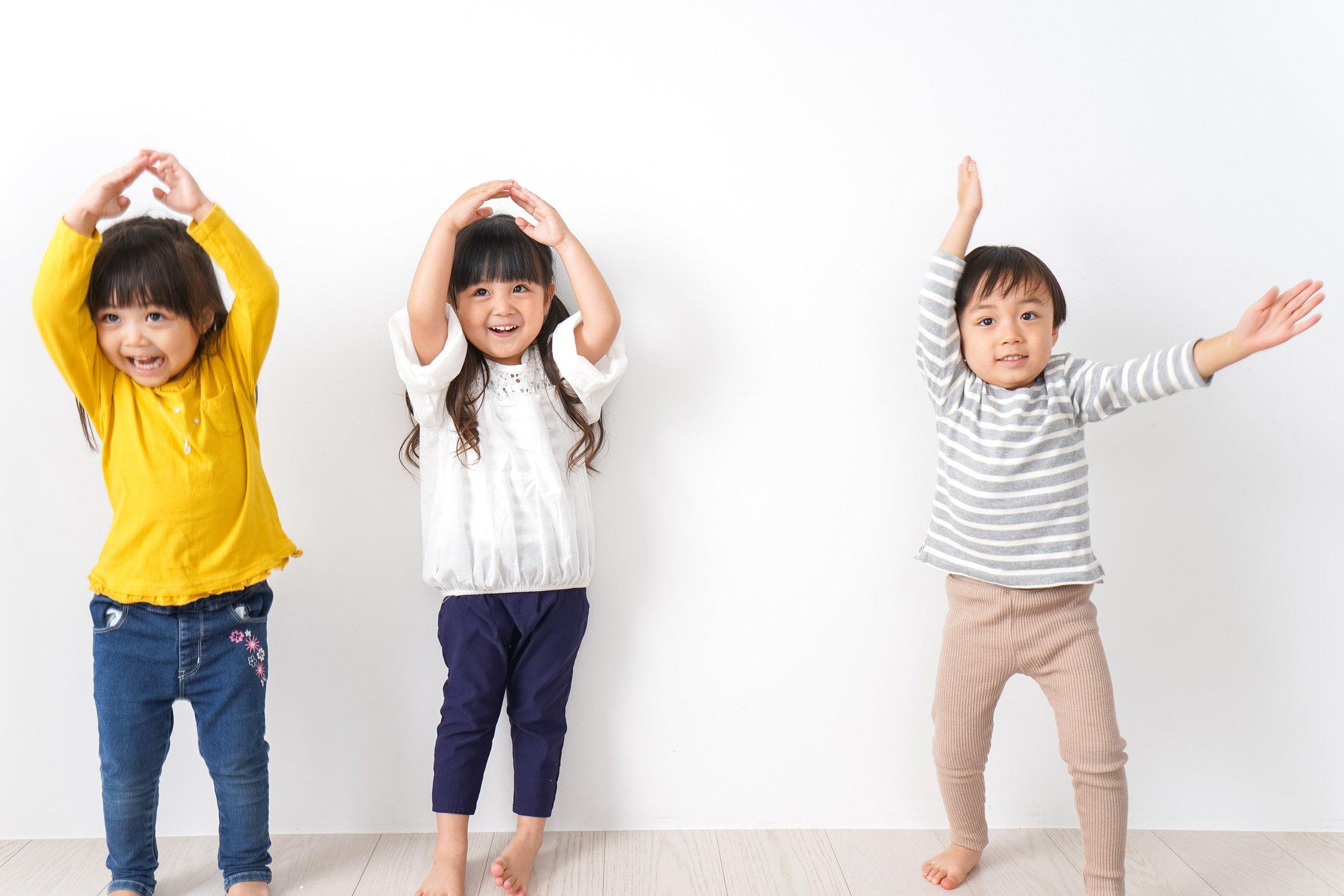 49 Activités Physiques Plaisantes À Faire Avec Des Enfants encequiconcerne Exercice Enfant 4 Ans
