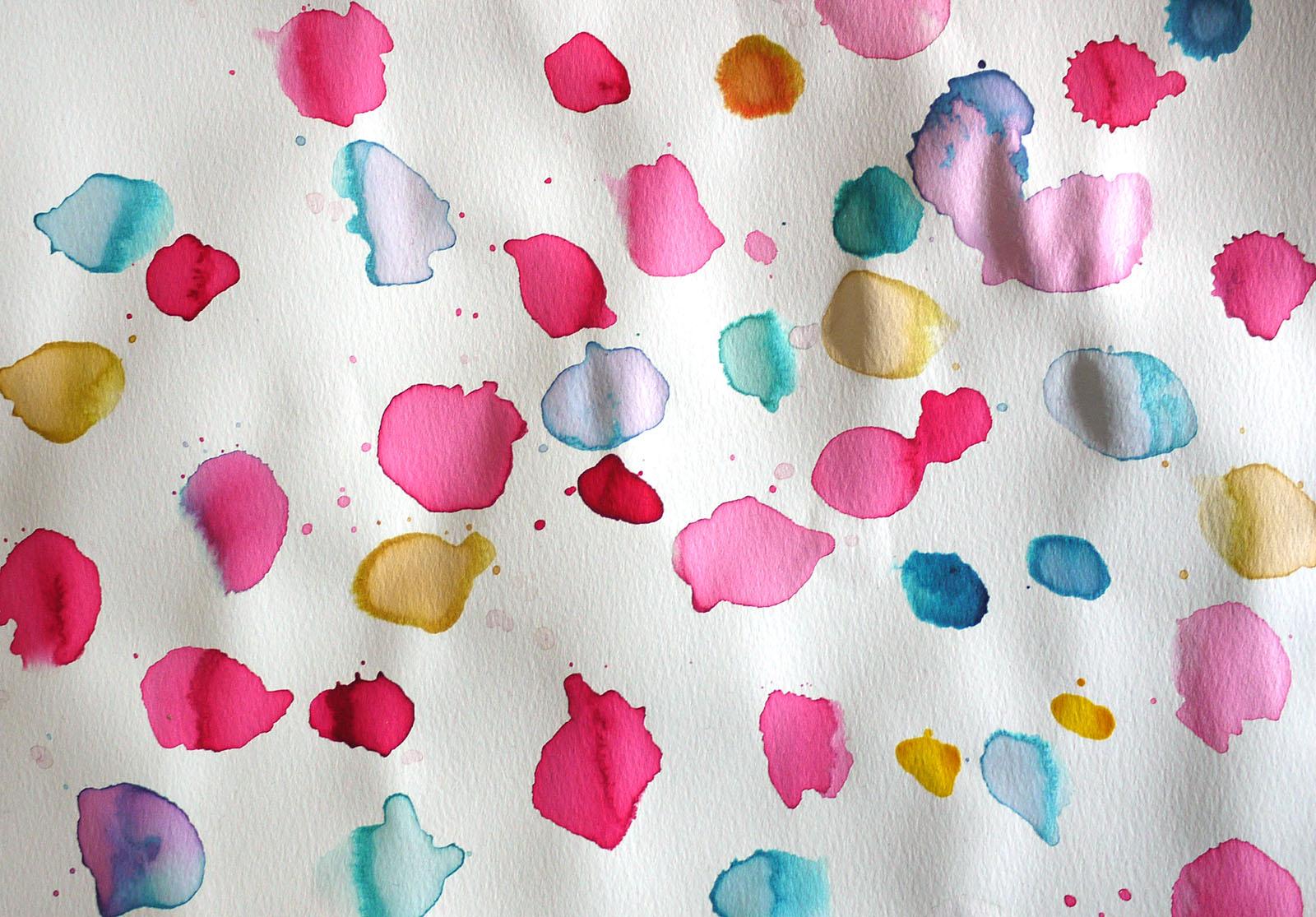 Activité Manuelle : Les Fleurs À La Peinture - Family Sphere destiné Activité Manuelle En Papier