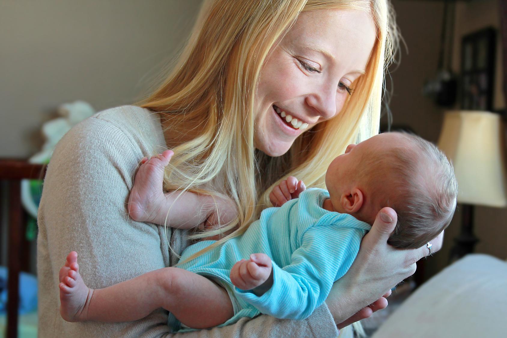 Activité Pour Bébé : Jouer Avec Bébé | Parents.fr pour Jeux Bebe 3 Ans