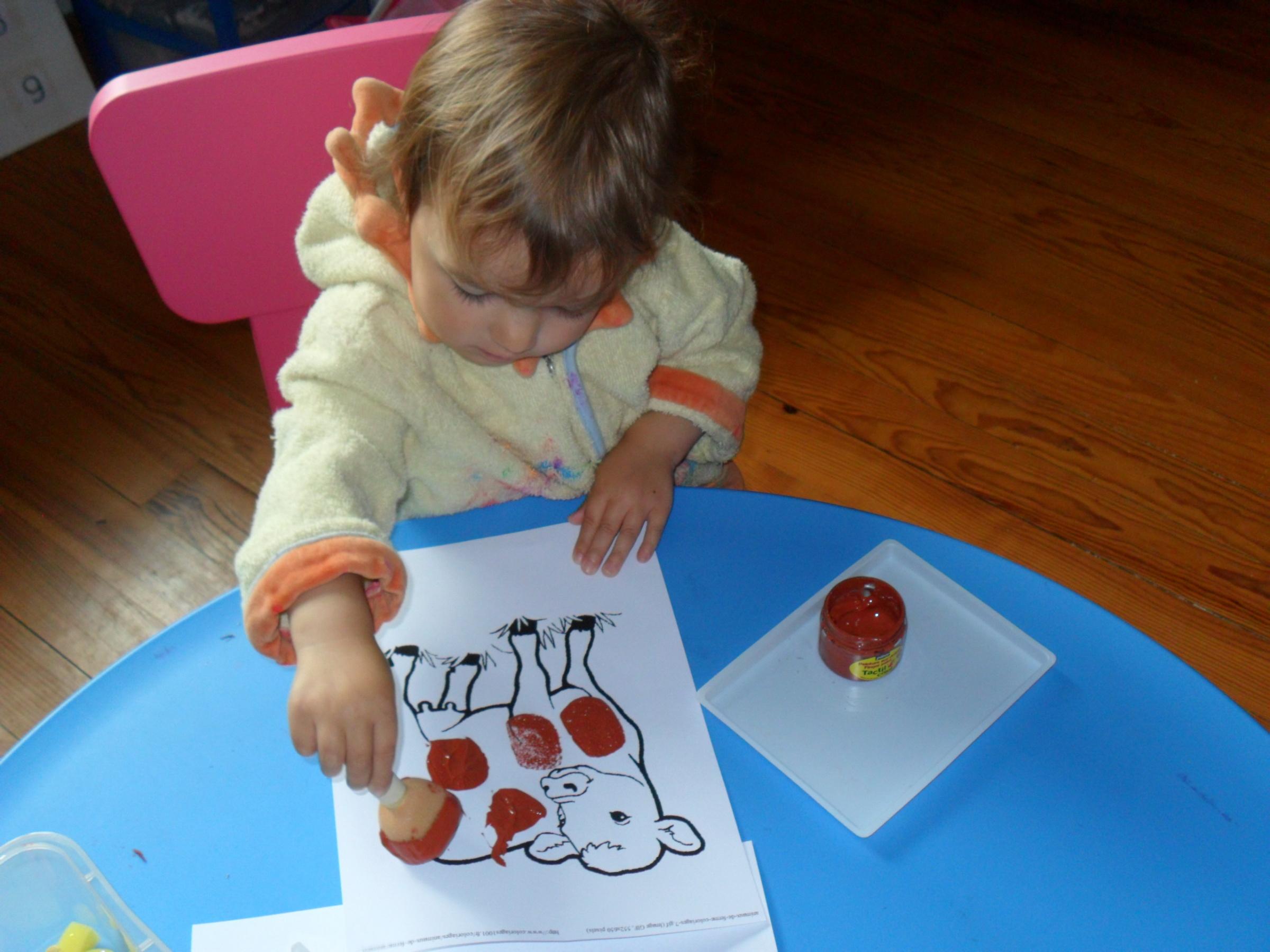 Activités 2-3 Ans : La Peinture - Les Ateliers De Cathy encequiconcerne Activité 2 3 Ans