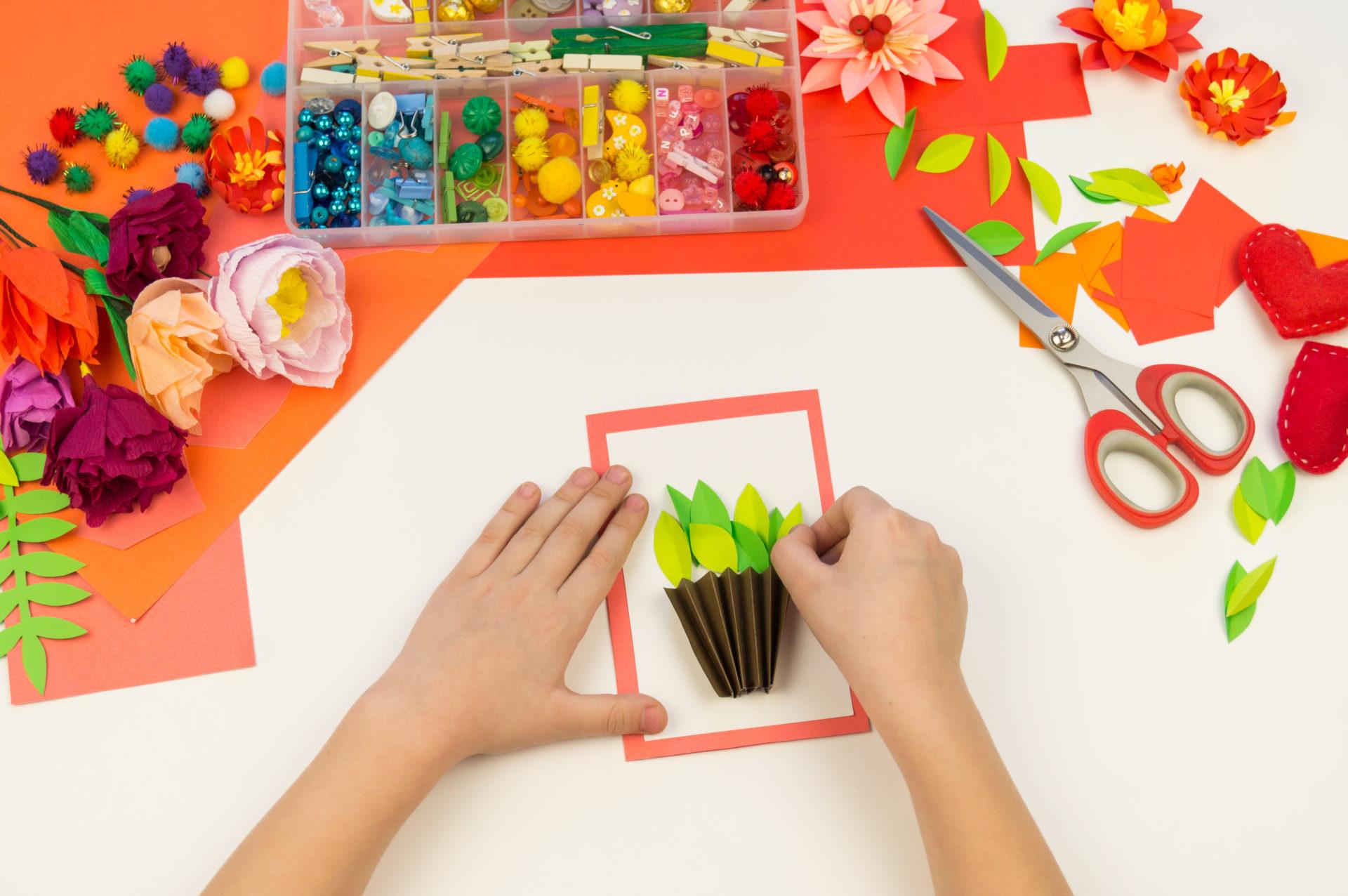 Activités Pour Enfant Pour Le Printemps ; Loisirs Creatifs à Activité Manuelle 4 Ans