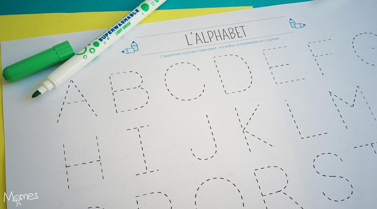 Apprendre À Tracer Les Lettres De L'alphabet En Majuscule encequiconcerne Alphabet En Pointillé A Imprimer