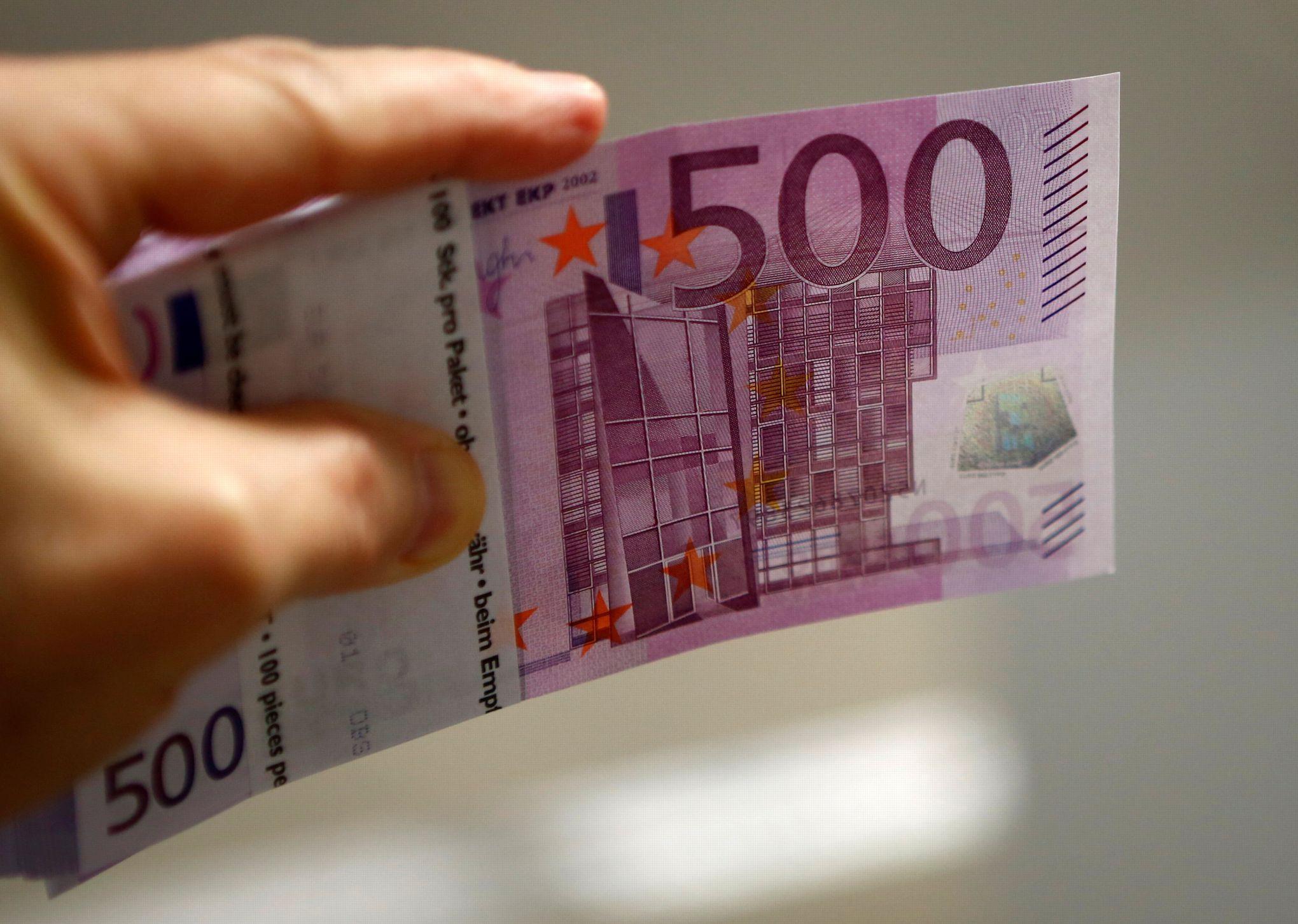 Après Le «500 Euros», Les Billets Menacés ? pour Billet De 5 Euros À Imprimer