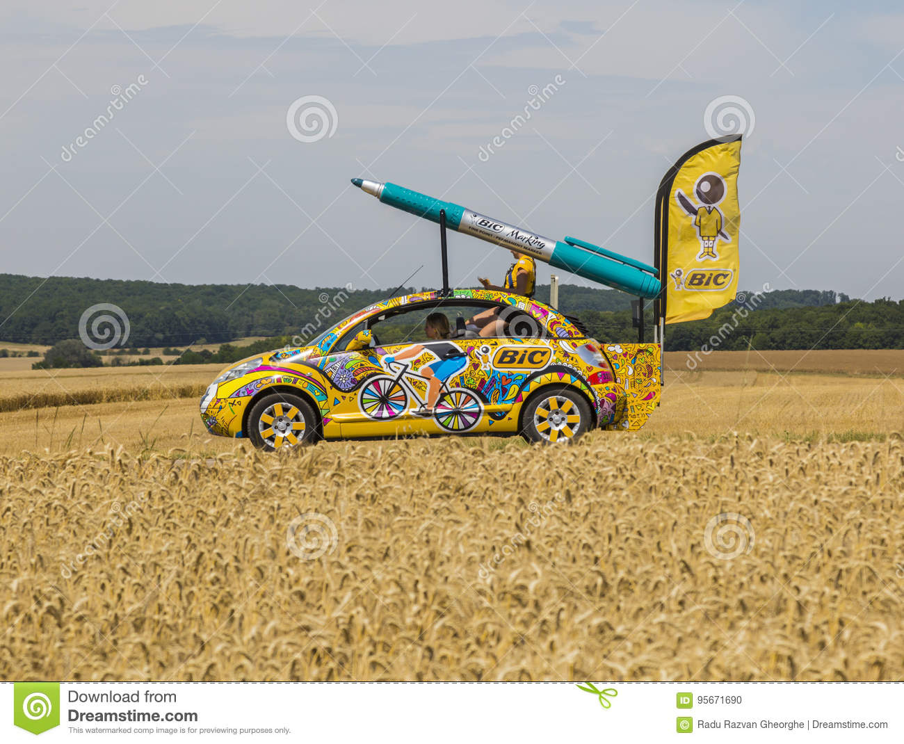 Bic Car - Tour De France 2017 Editorial Image - Image Of destiné Region De France 2017