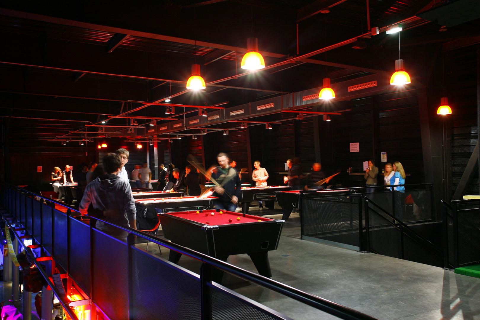 Billard / Jeux / Retransmissions | B.bowl Center à Jeux De Biyare