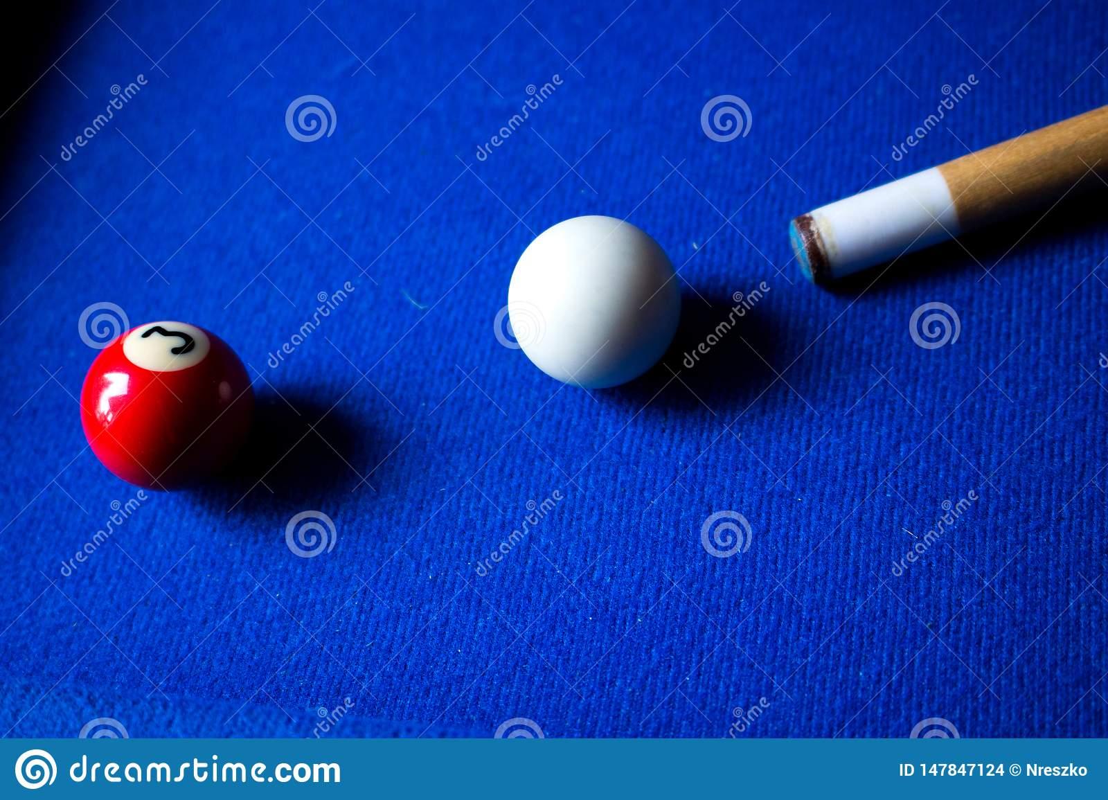 Boules De Billard De Piscine Sur L'ensemble Bleu De Jeu De tout Jeux De Biyare