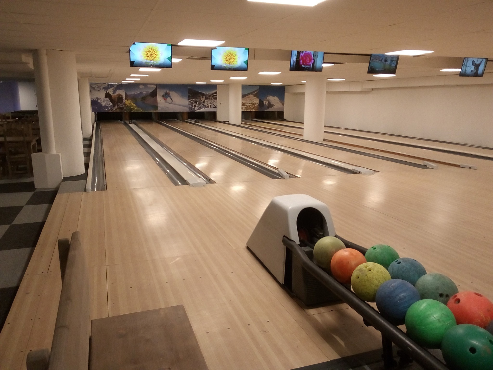 Bowling Bar Salle De Jeux Briançon | Serre Chevalier encequiconcerne Jeux De Bouligue