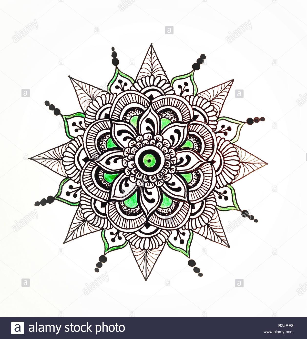 Bricolage, Dessin, Mandala Banque D'images, Photo Stock tout Dessiner Un Mandala