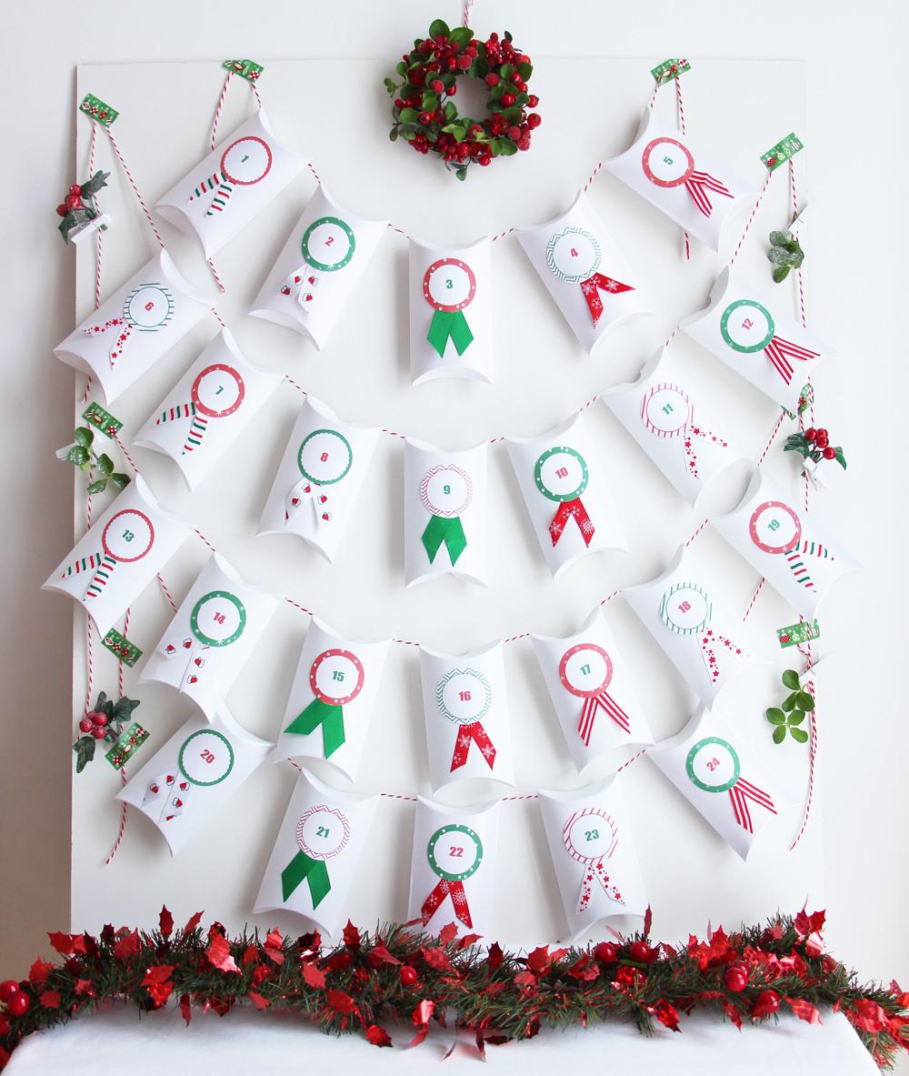 Calendrier De L'avent Aux Couleurs D'un Noël Traditionnel tout Etiquette Chiffre A Imprimer