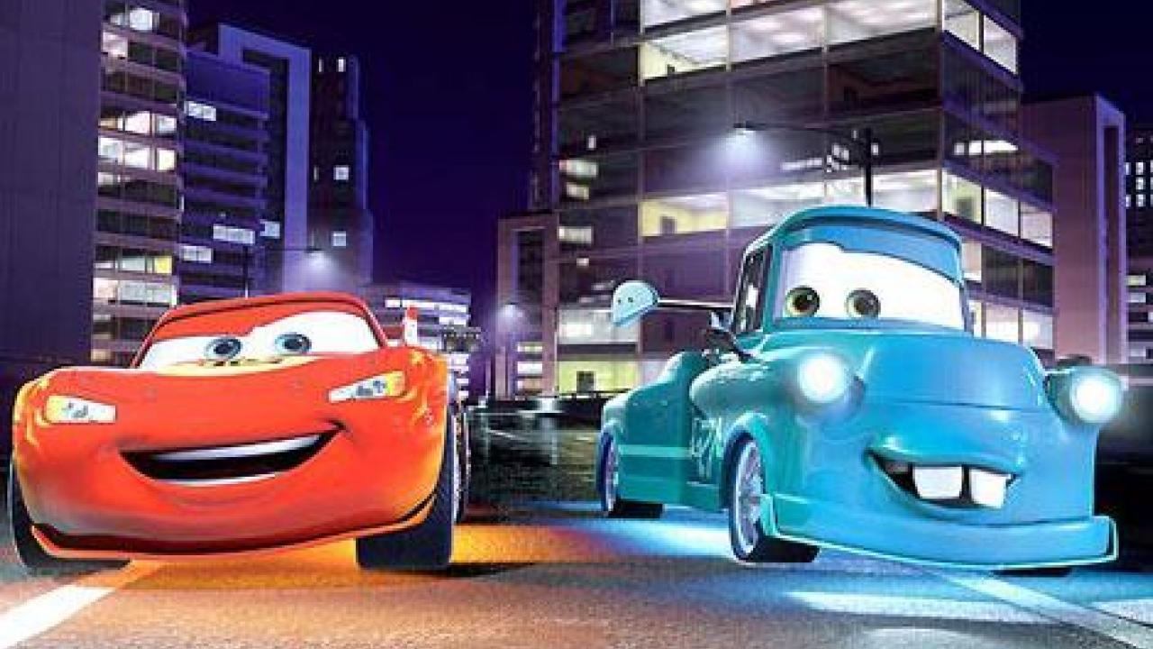 Cars Toon : Flash Mcqueen Et Martin Reprennent Du Service à Flash Mcqueen Martin