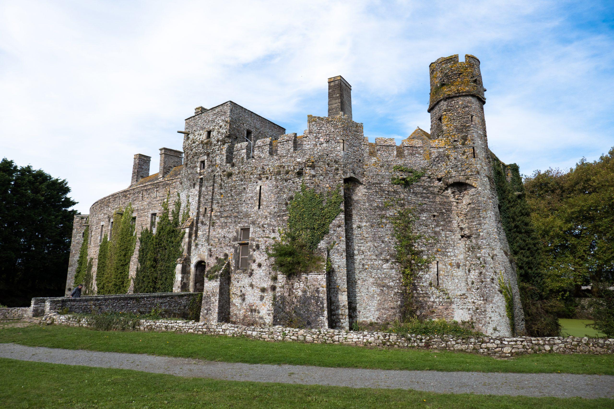 Château De Pirou — Wikipédia destiné Image De Chateau Fort A Imprimer