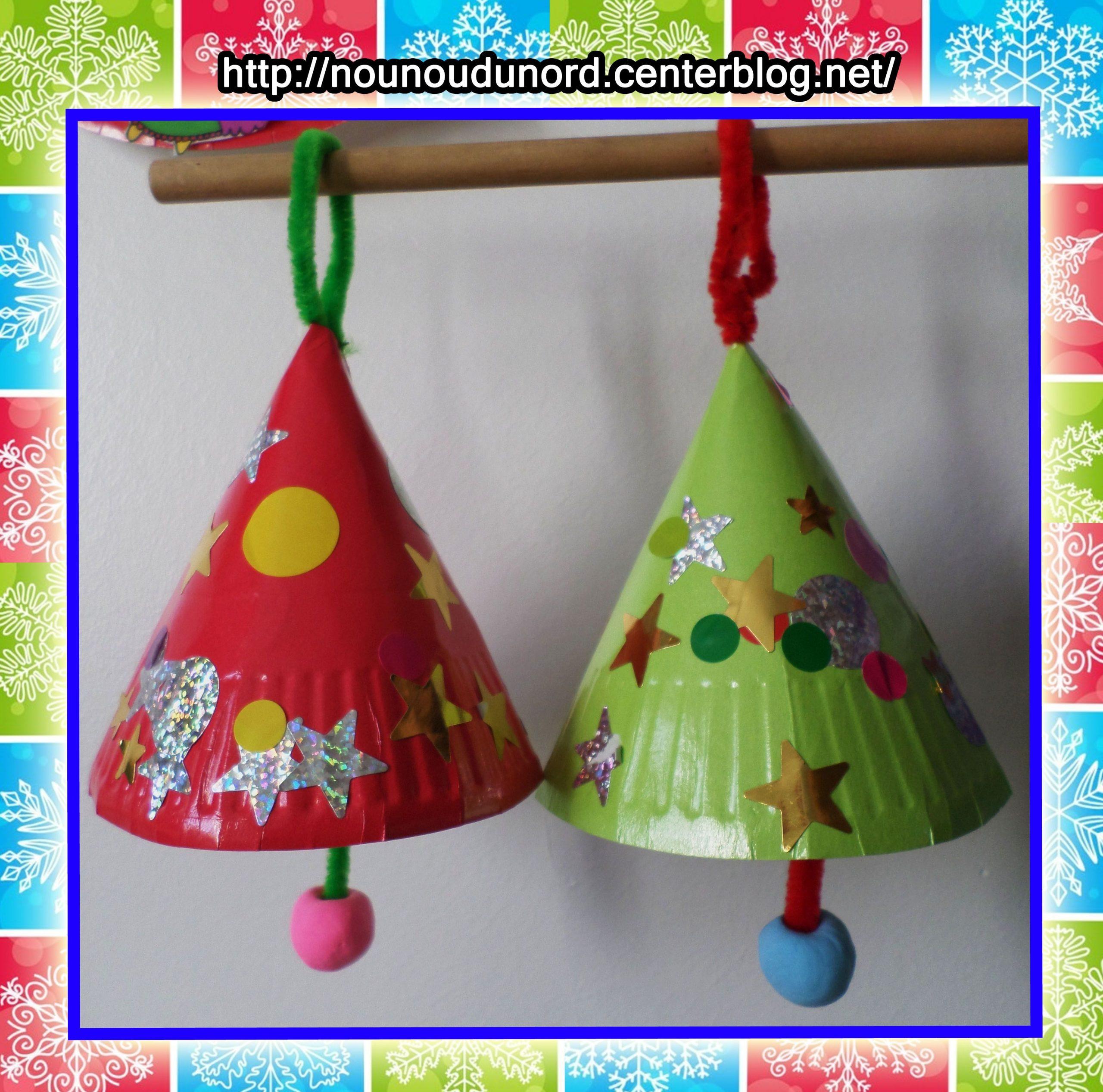 Cloches De Noël Réalisées Avec Des Assiettes En Carton*2014 à Activité Manuelle Noel En Creche