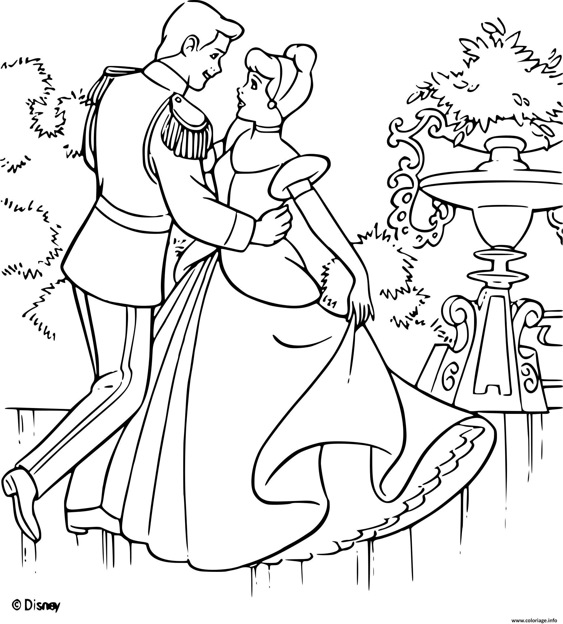 Coloriage Cendrillon 2 Une Vie De Princesse Disney Dessin avec Cendrillon Dessin A Imprimer