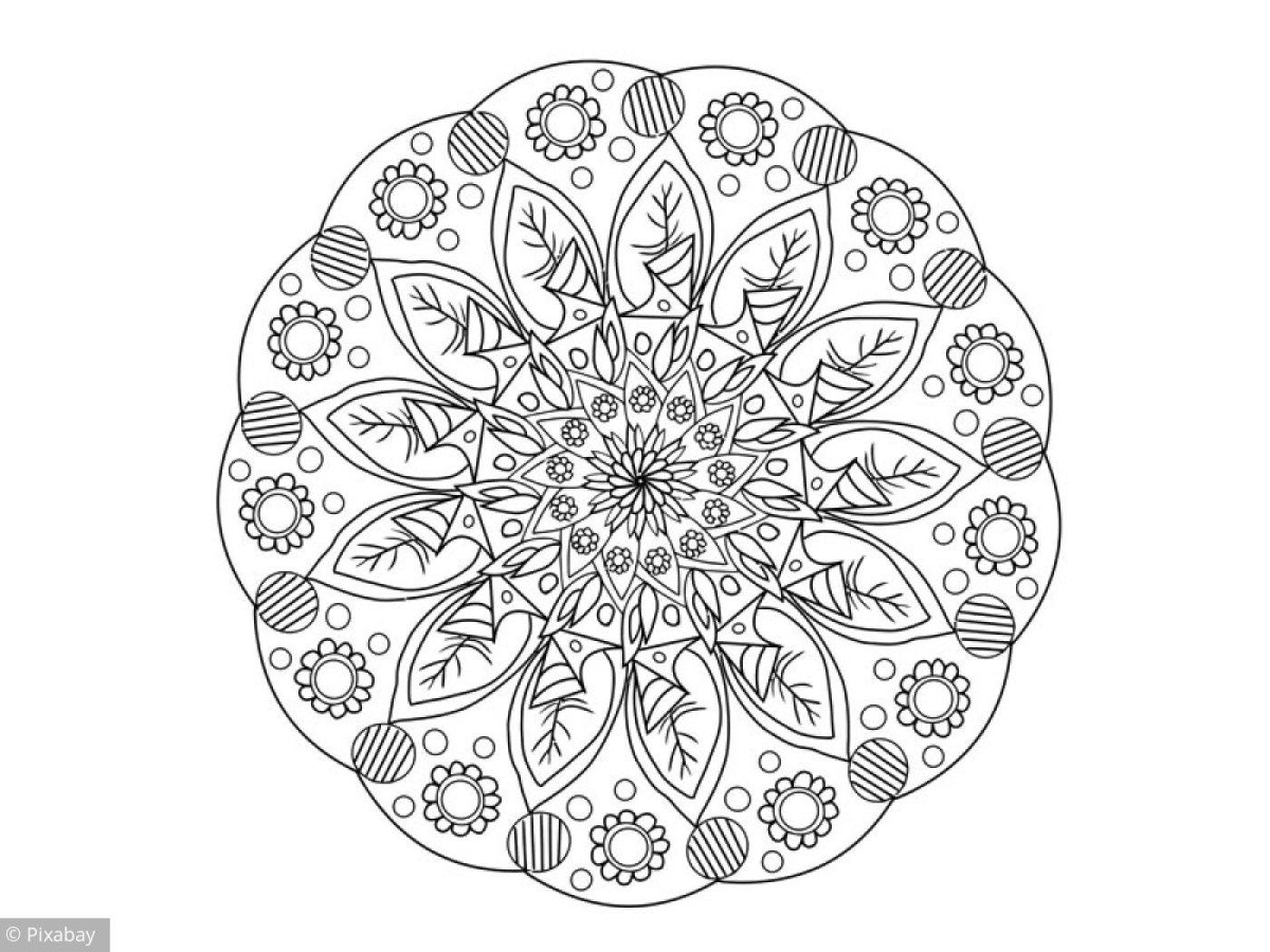 Coloriage Mandala Fleuri tout Jeux De Coloriage De Rosace