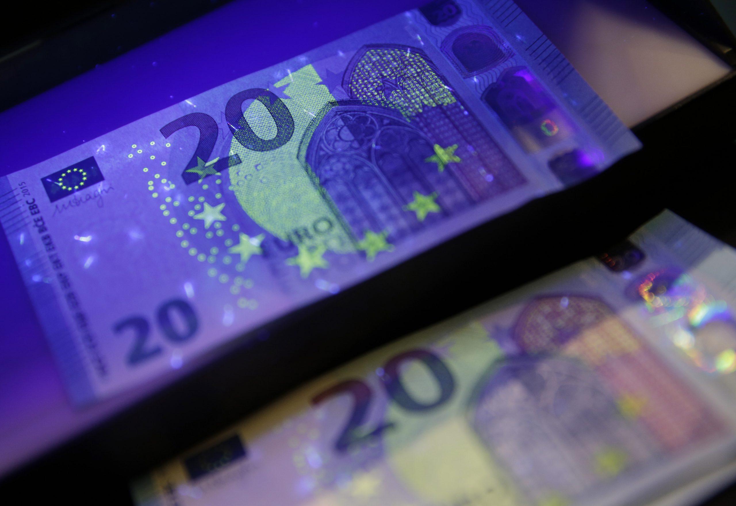 Comment Le Nouveau Billet De 20 Euros Dissuadera Les Faussaires concernant Billet De 100 Euros À Imprimer