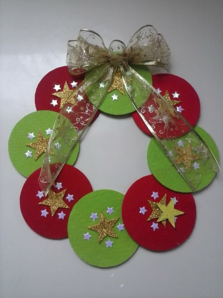 Corona Navideña!!!! Materiales: Cds Y Fieltro :) | Deco Noel destiné Activité Manuelle Noel En Creche