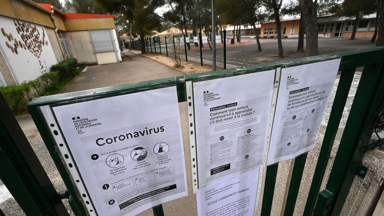 Coronavirus: Cascade De Fermetures De Commerces, Écoles Et intérieur Apprendre Pays Europe