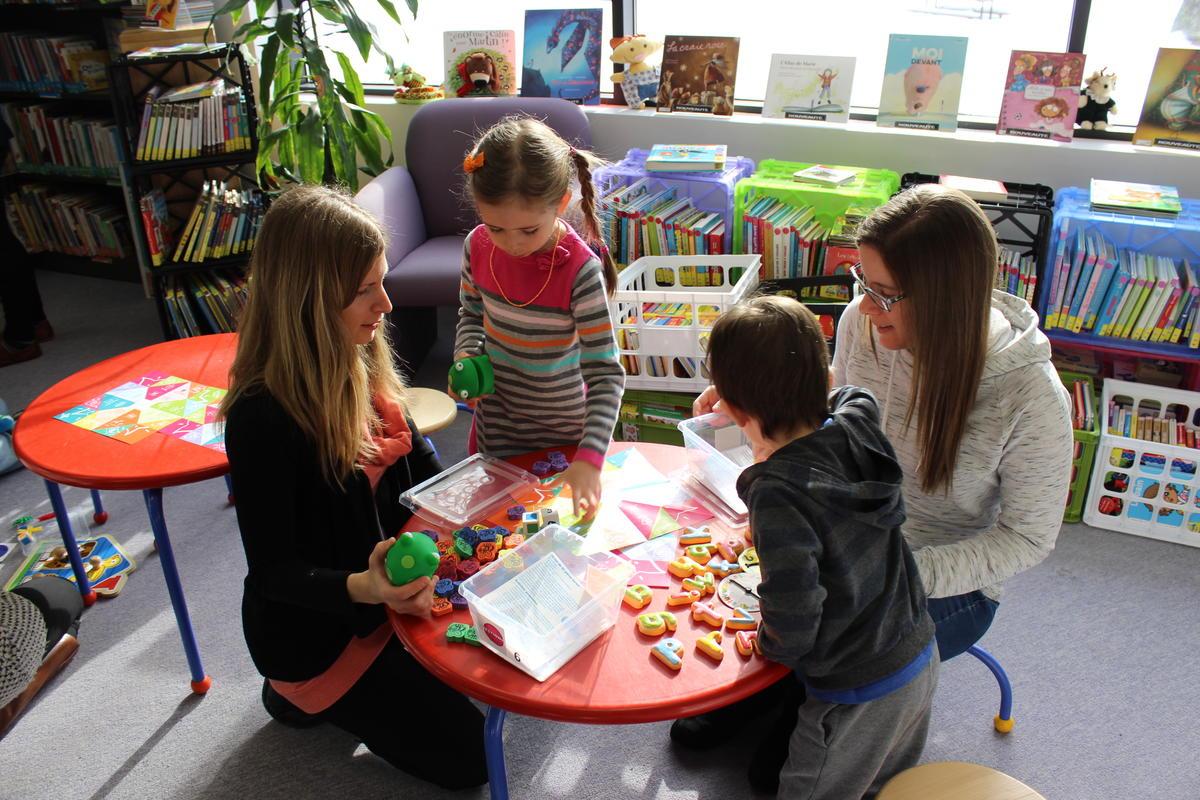 Des Espaces De Jeux Pour Stimuler Le Développement Du encequiconcerne Jeux Pour Jeunes Enfants
