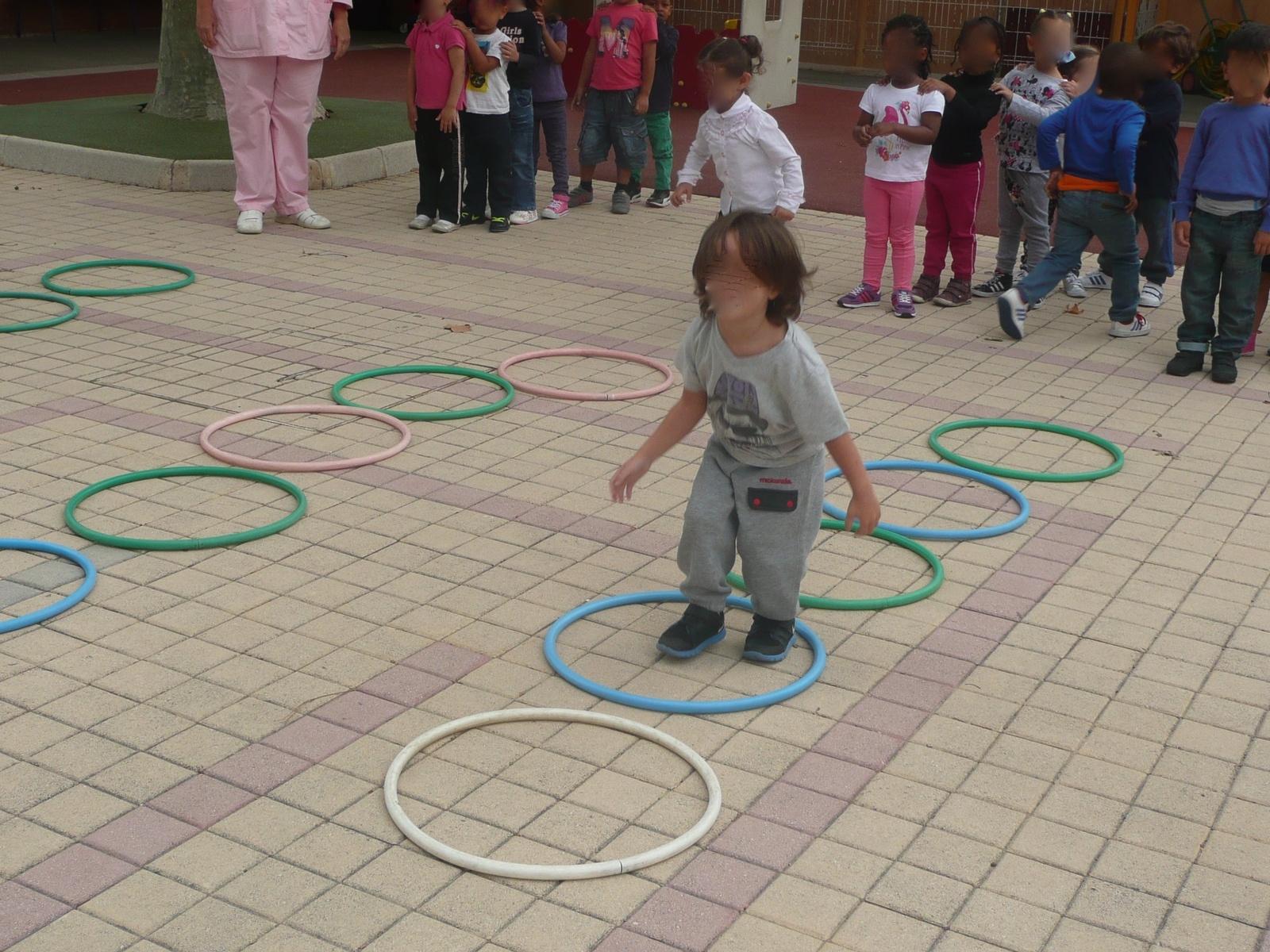 Des Jeux En Petite Section De Maternelle - Jouer Pour La Paix intérieur Jeux Pour Petite Section