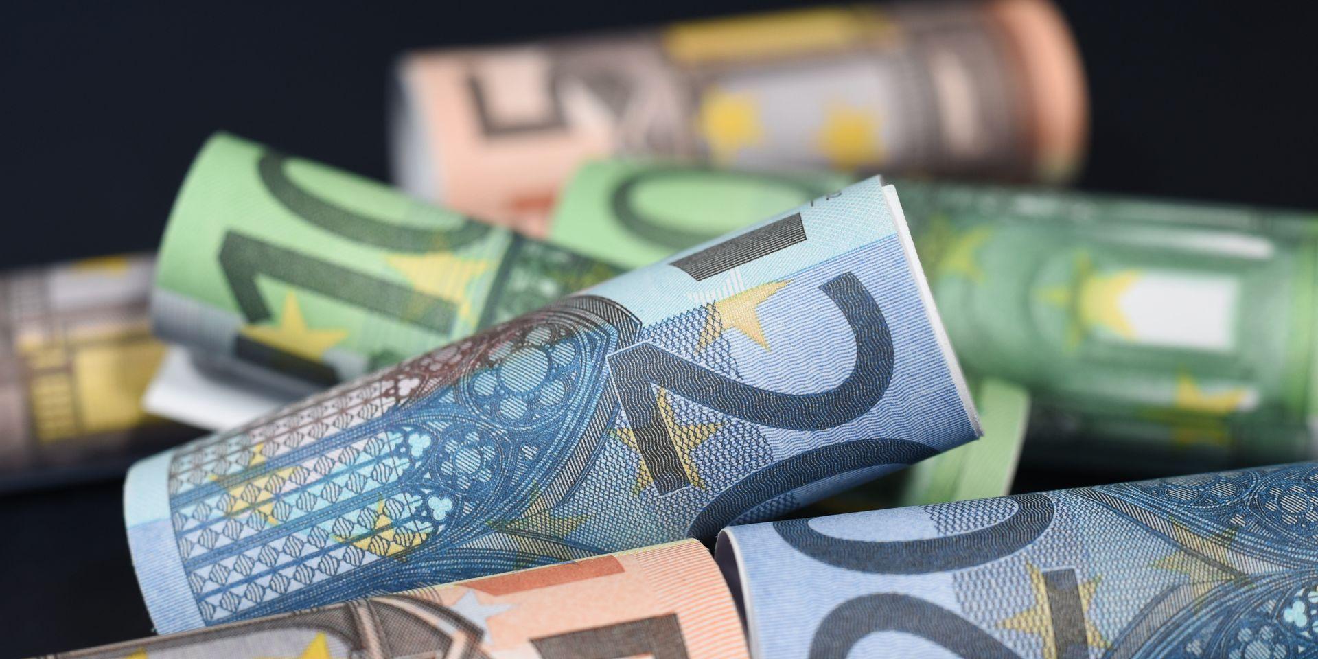 Des Nouveaux Billets De 100 Et 200 Euros Bientôt Dans Vos tout Billet De 100 Euros À Imprimer