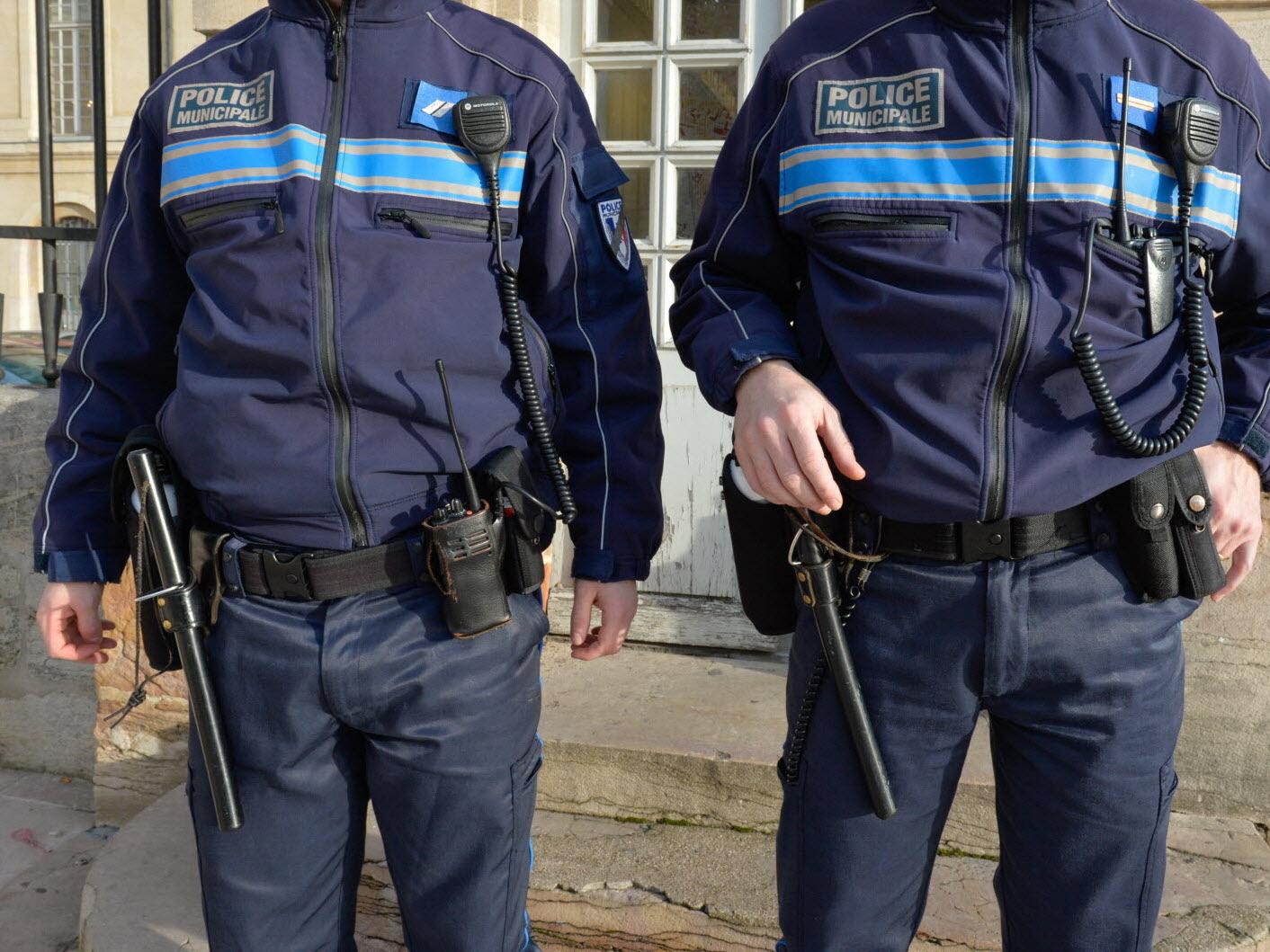 Dijon | Dijon : Mineur Et Au Volant destiné Mineur D Or