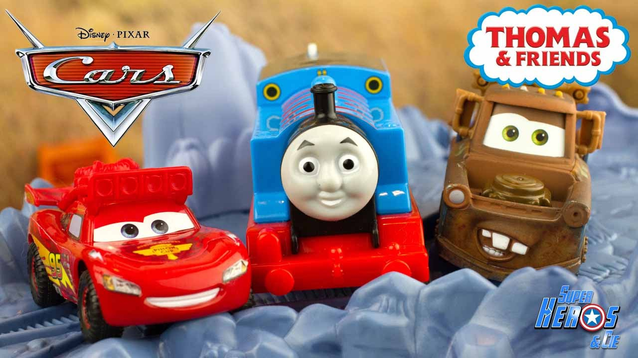 Disney Cars Flash Mcqueen Martin S'amusent Sur Les Rails Thomas Train 4K  #jouet #toy #unboxing à Flash Mcqueen Martin