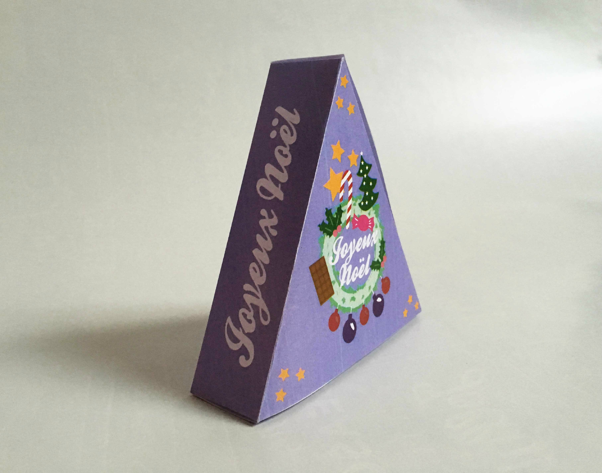 Diy De Noël : Une Boîte Cadeau À Imprimer - Alice & Sandra destiné Boite De Noel A Imprimer
