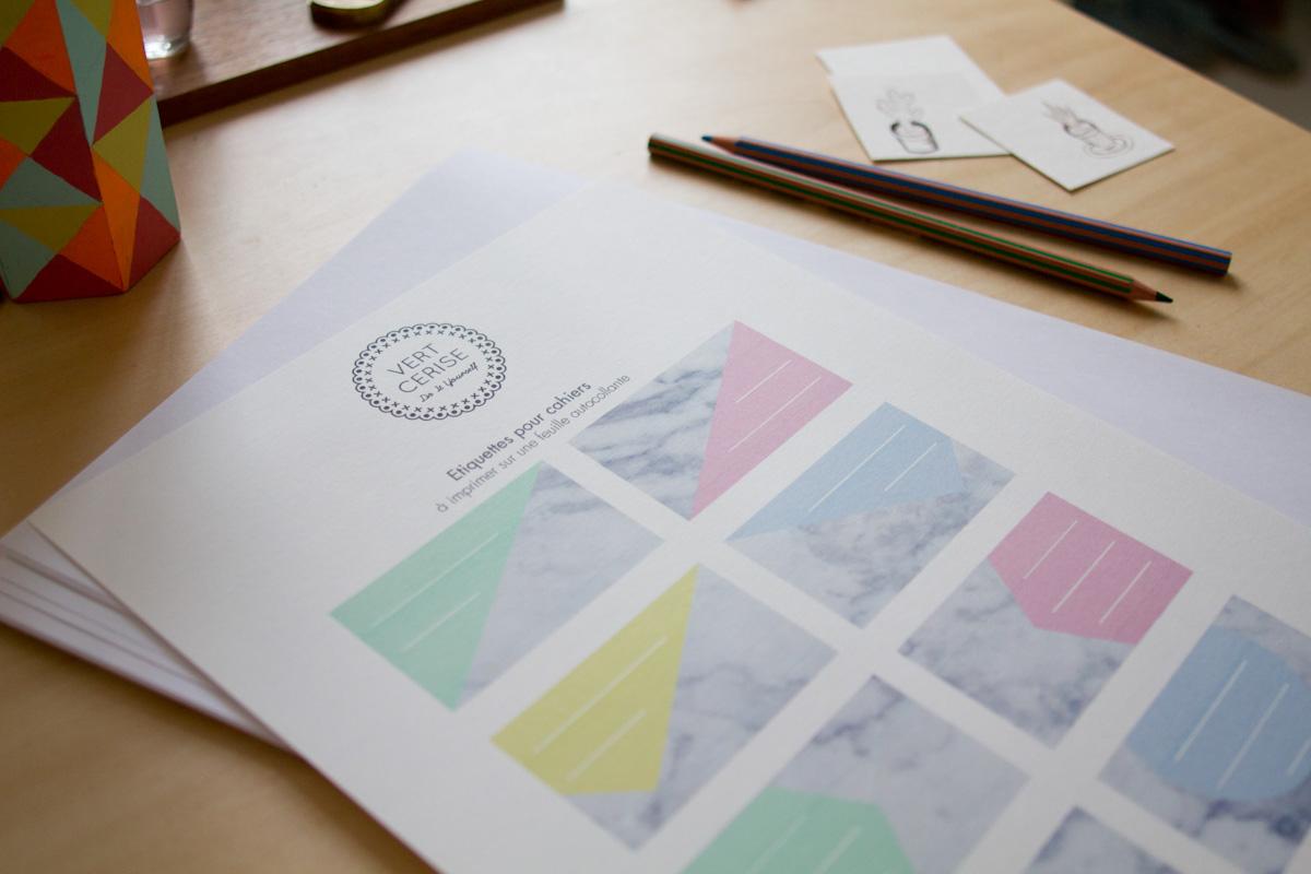 Diy : Des Étiquettes Marbrées À Imprimer – Vert Cerise tout Etiquette Papillon A Imprimer