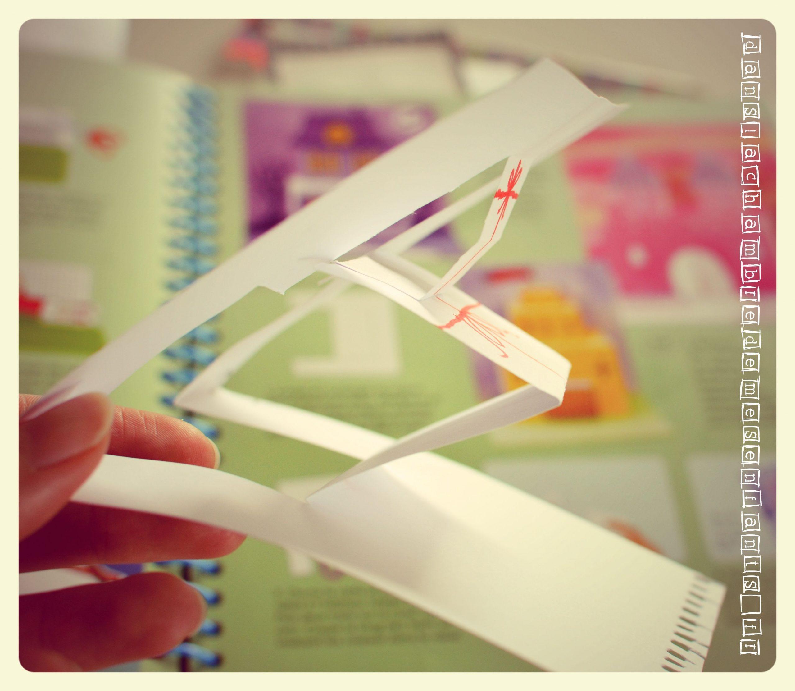 Diy-Tuto-Carte-Pop-Up-En-Relief-Papier-Paper-Activite intérieur Activité Manuelle En Papier