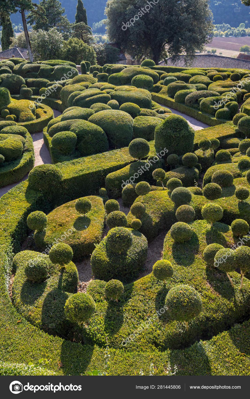 Dordogne France September 2018 Topiary Gardens Jardins tout Region De France 2018