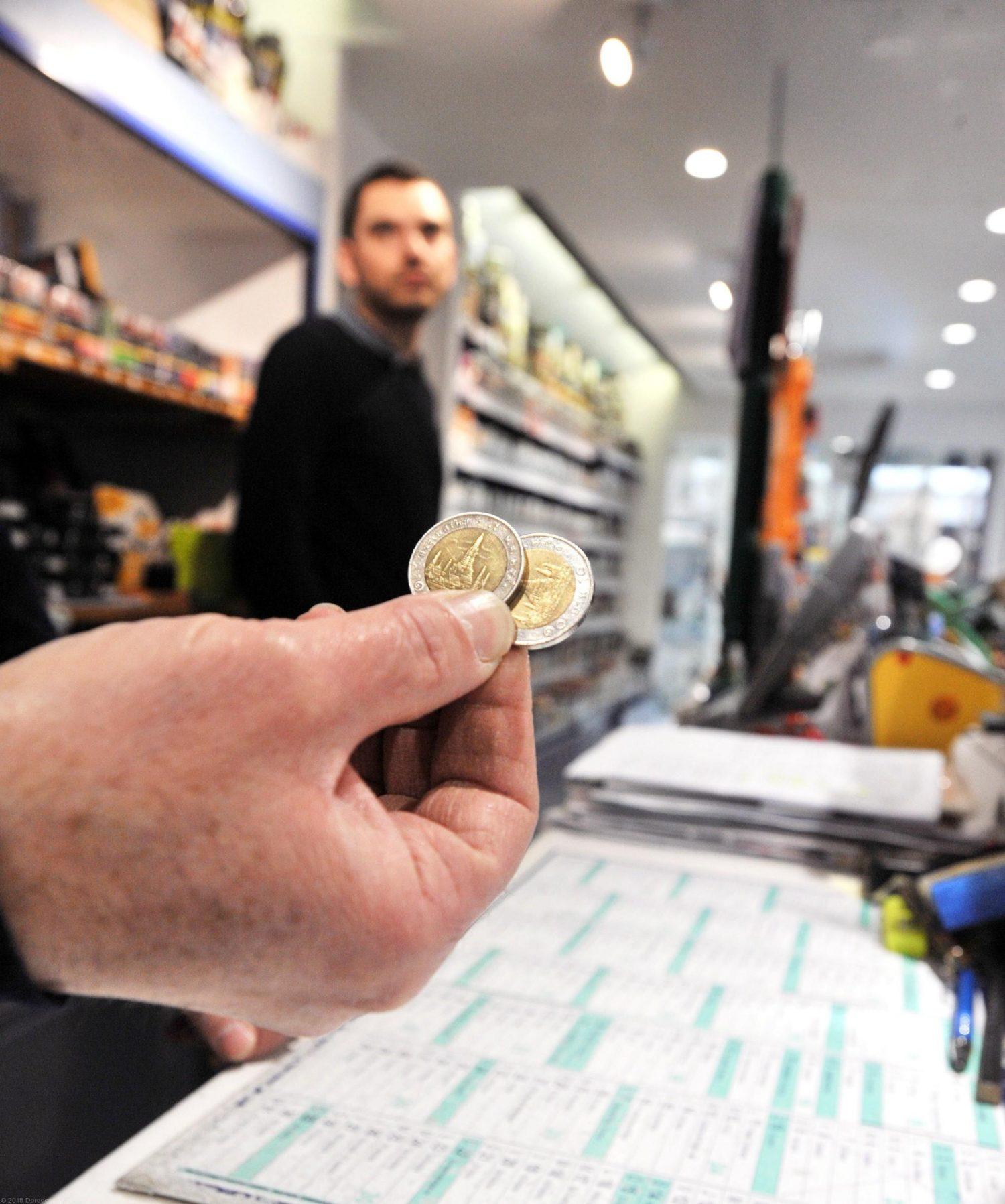 Fausse Monnaie : Attention Aux Fausses Pièces De 1 Et 2 intérieur Fausses Pieces Euros