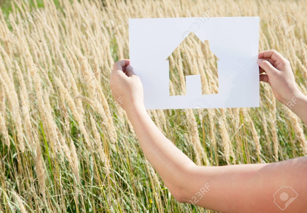 Femme, Tenue, Papier, Maison, Découper à Maison Papier A Decouper