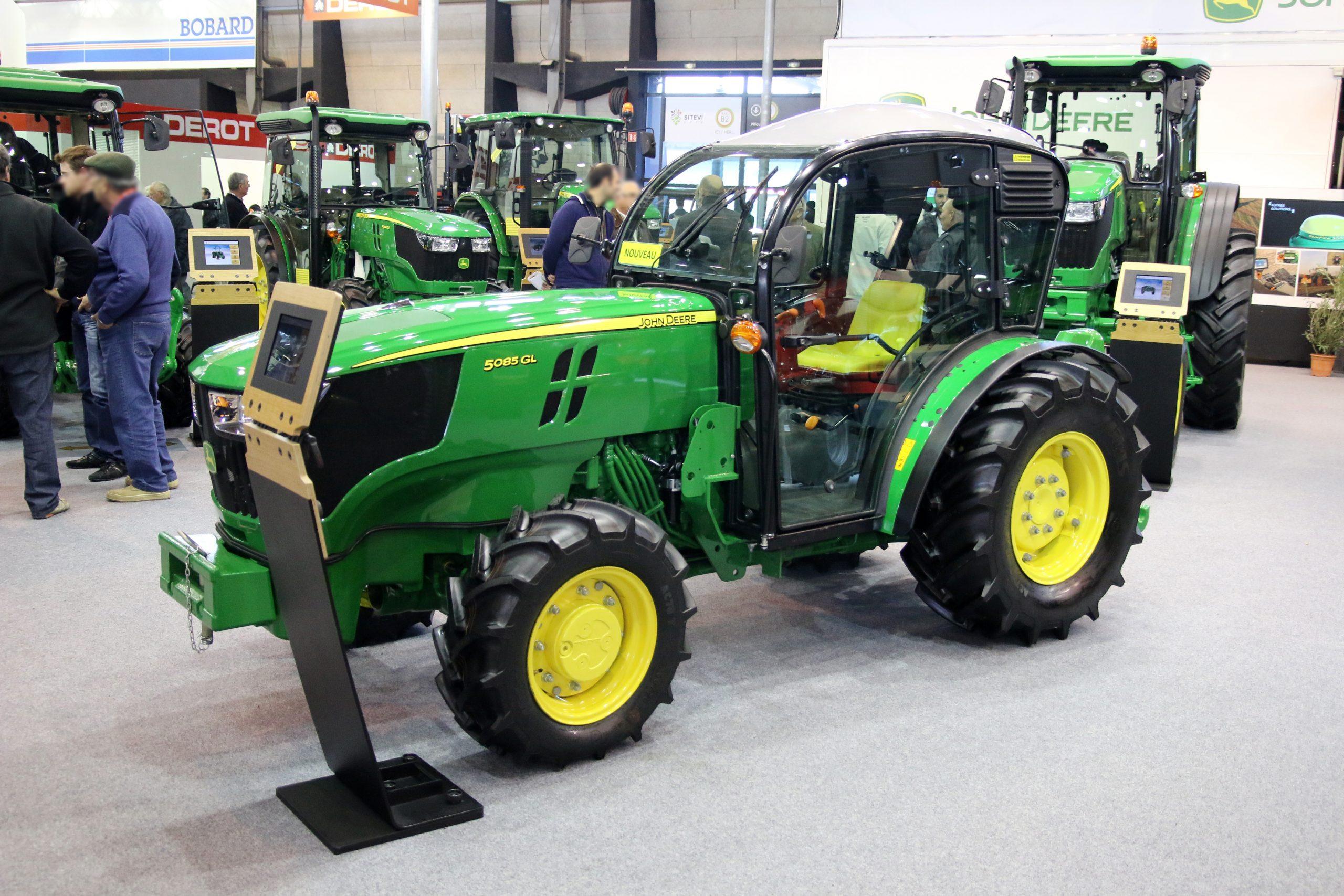 File:tracteur John Deer - Wikimedia Commons concernant Image Tracteur John Deere