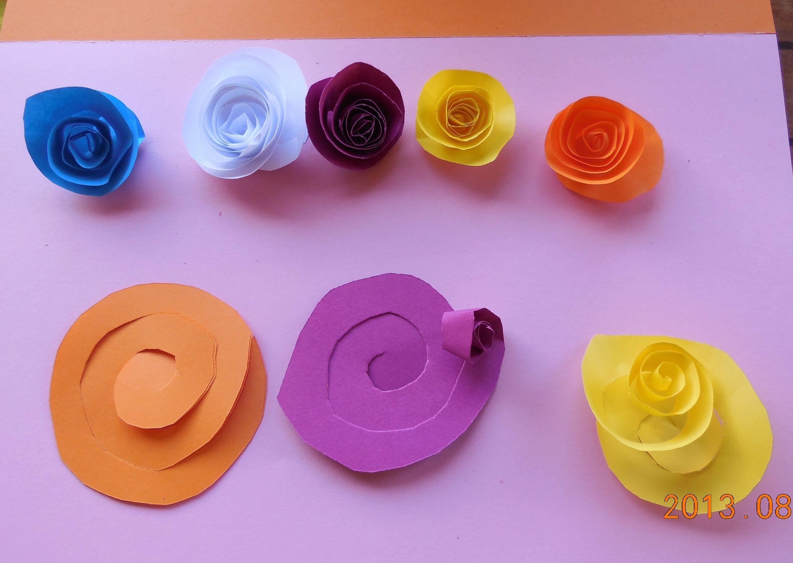 Fleurs En Découpage, Pliage, Collage | Fleurs En Papier avec Decoupage Papier Facile
