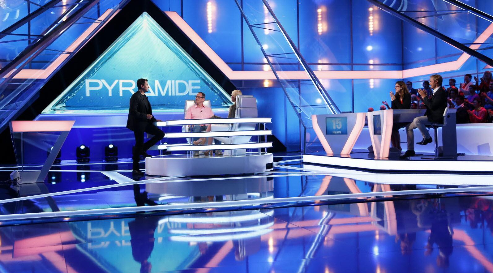 France - Monde | Pyramide Casse Des Briques ! encequiconcerne Casse Brique Gratuit En Ligne