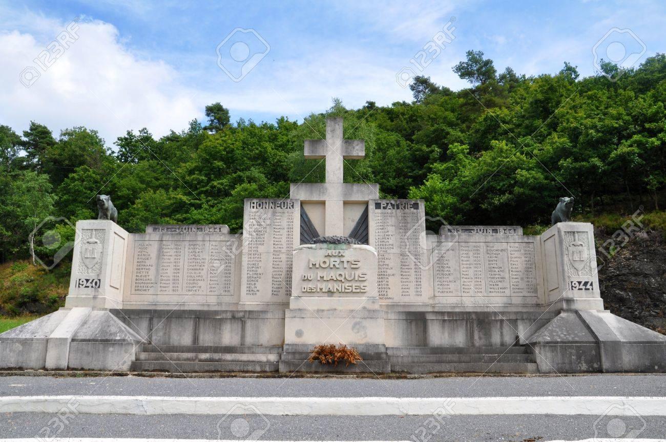 French War Memorial Near The Côte Du Malgré-Tout Near Revin, Département  Ardennes, France avec Liste De Departement De France