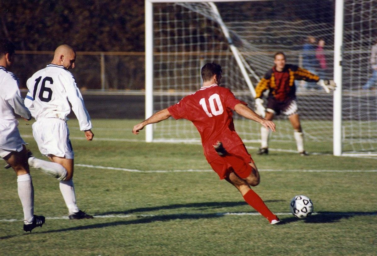 Futbol - Vikipedi serapportantà Jeu Force 4