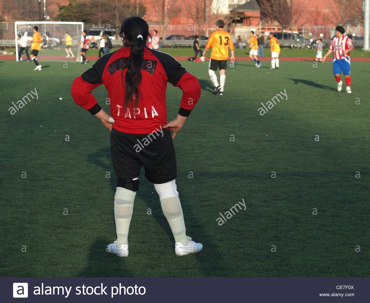 Gardien De But Jeu De Foot Amateur, Mccarren Park, Brooklyn dedans Jeux De Gardien De Foot