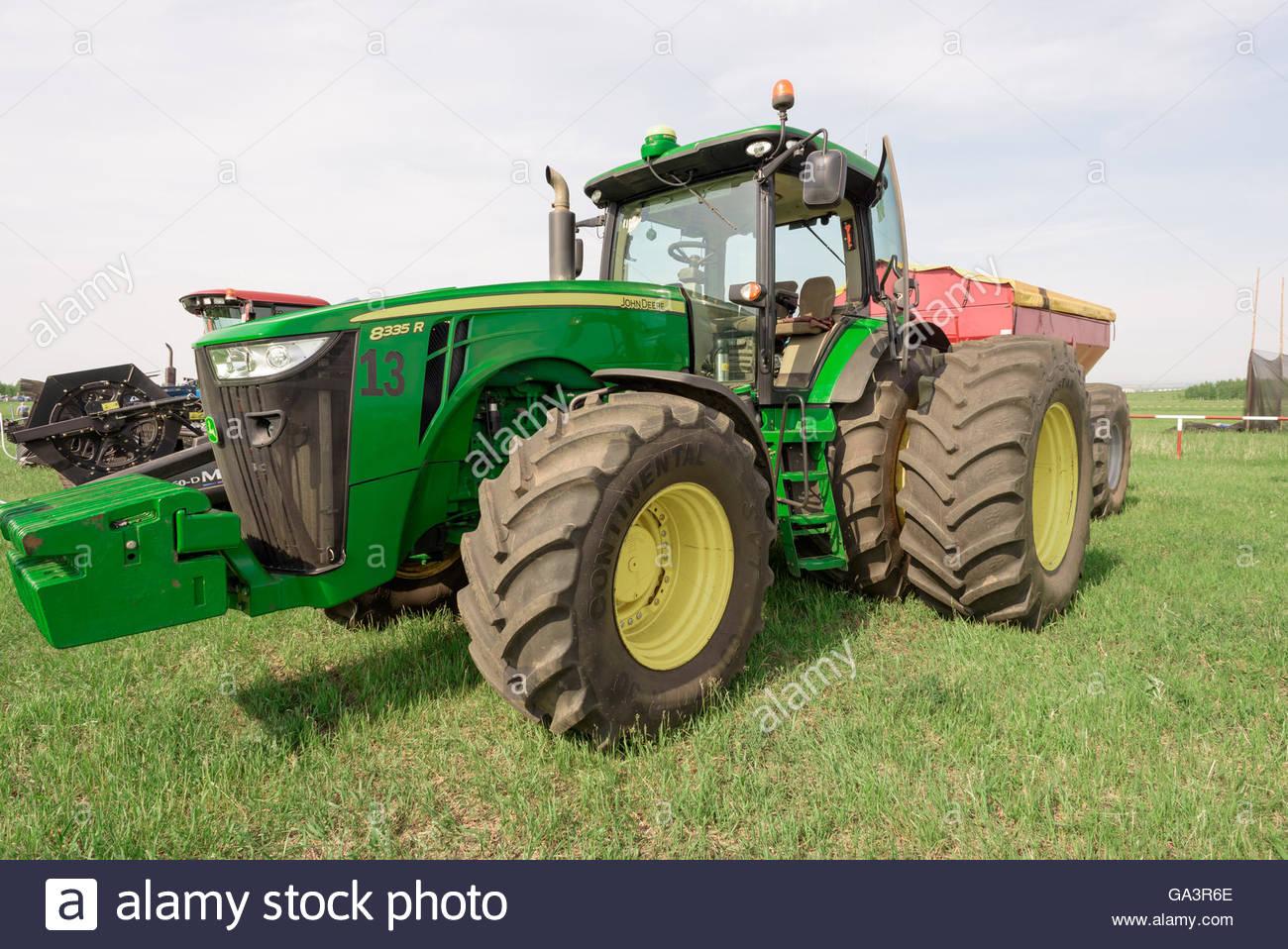Green Tractor Photos & Green Tractor Images - Alamy concernant Dessin Animé De Tracteur John Deere