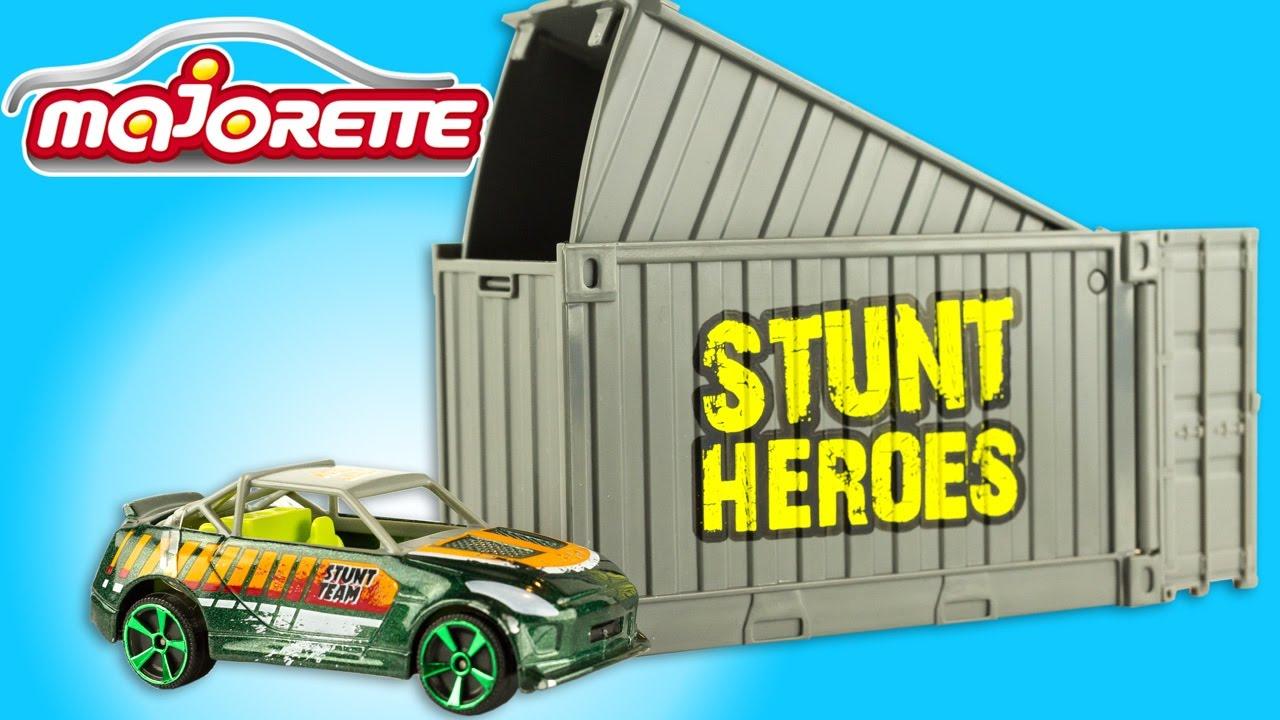 Harbour Run Stunt Heroes Launcher Playset Diecast Stunt Car Crash Toy Review pour Voiture Requin Jouet