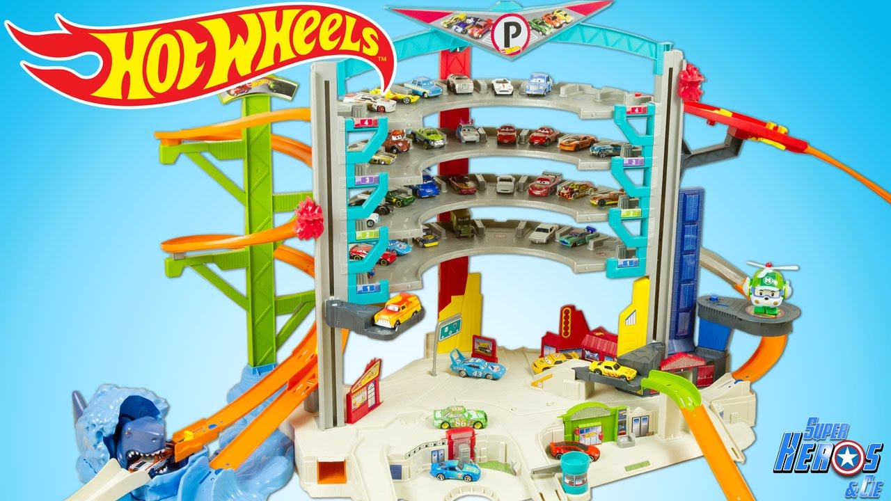 Hot Wheels Ultimate Garage Playset With Shark Attack Toy Cars Review  Juguetes avec Voiture Requin Jouet