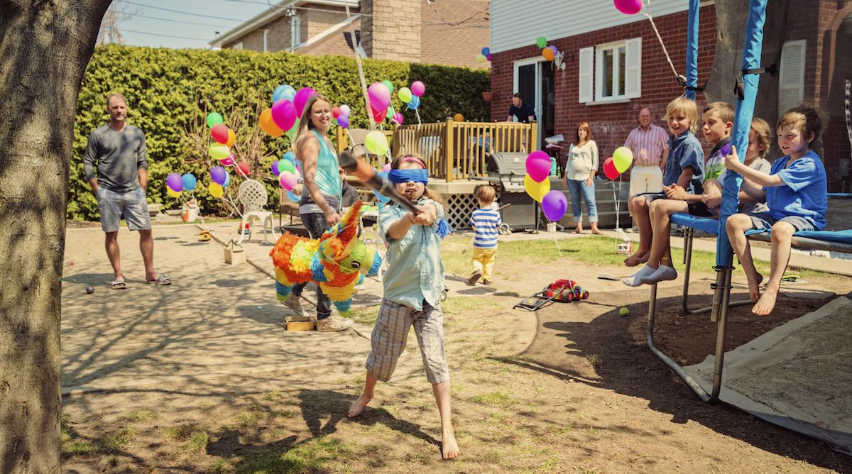 Idées De Jeux Pour Anniversaire - Momes pour Jeux Pour Petit Enfant