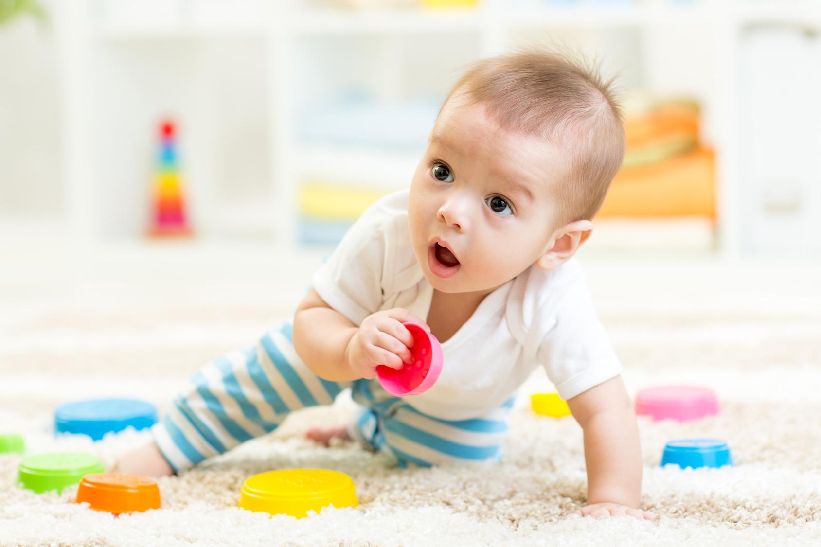 Idées De Jeux Pour Les Bébés- Laithicia Adam - Nanny Secours concernant Jeux Pour Bébé 2 Ans
