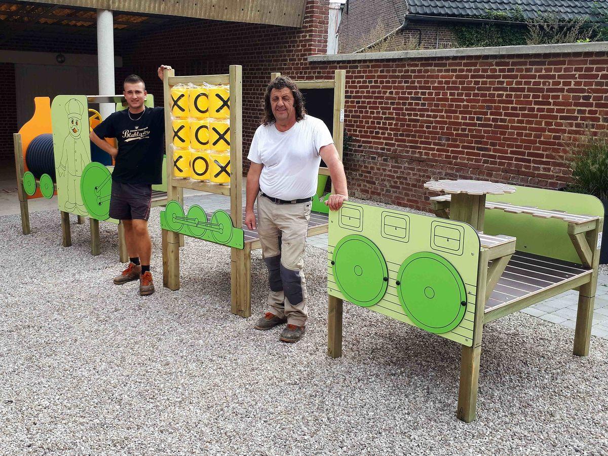 Installation D'un Jeu Éducatif À L'école Maternelle - Haynecourt dedans Jeu Educatif Maternelle