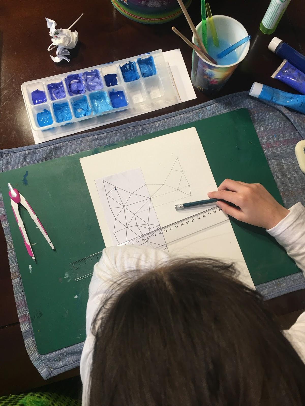 Instruction En Folie: Arts Visuels : Loup Et Symétrie. concernant Arts Visuels Symétrie