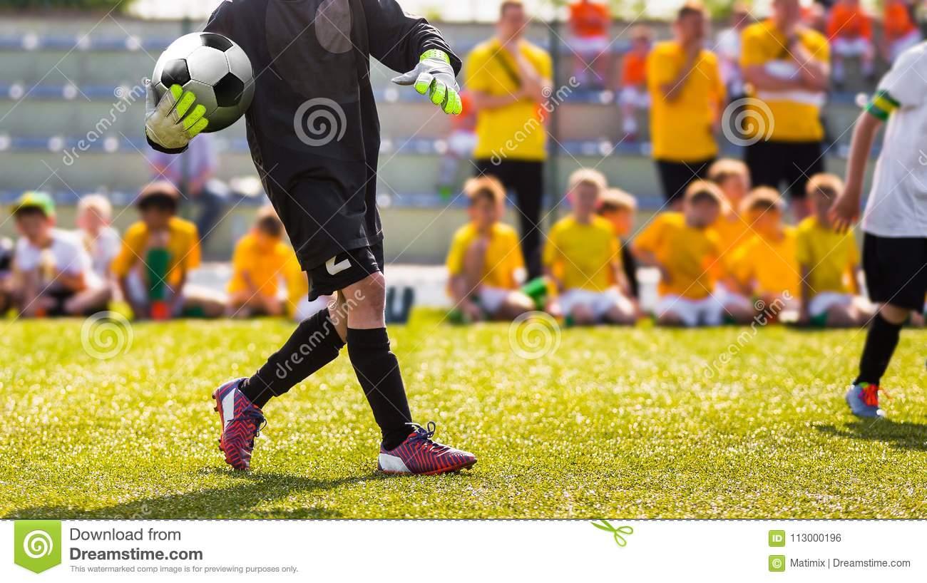 Jet De Gardien De But Du Football Jeu De Formation Du à Jeux De Gardien De But