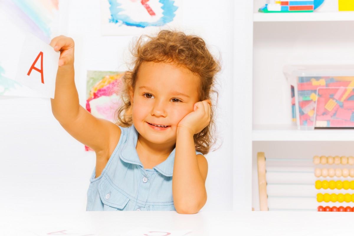 Jeux Pour Apprendre Les Lettres Et À Lire En Jouant > Mes à Jeux De Lettres Enfants