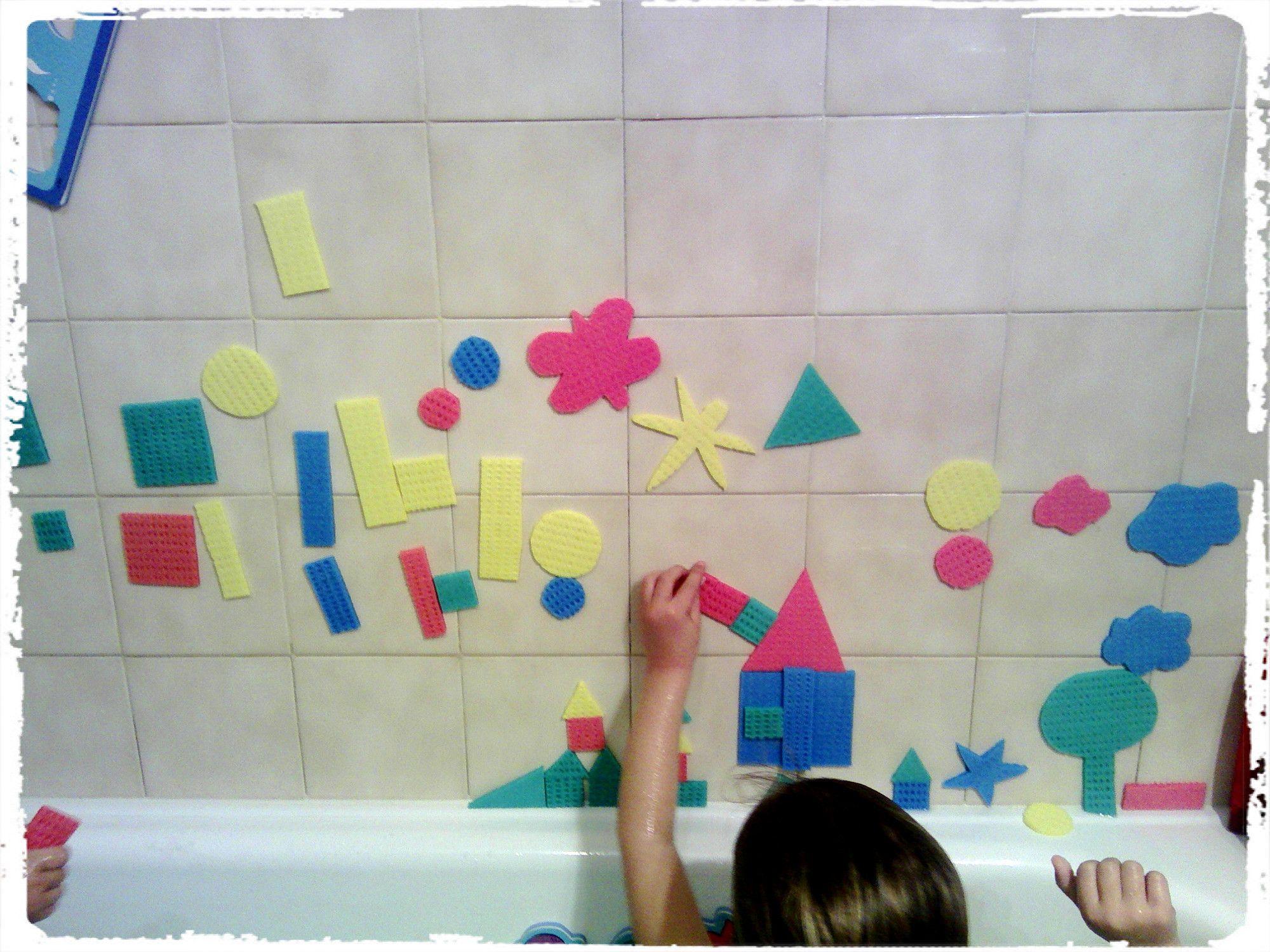 Jouer Au Tangram Dans Son Bain - | Jeux Bain, Activité destiné Jeux Pour Bébé 2 Ans