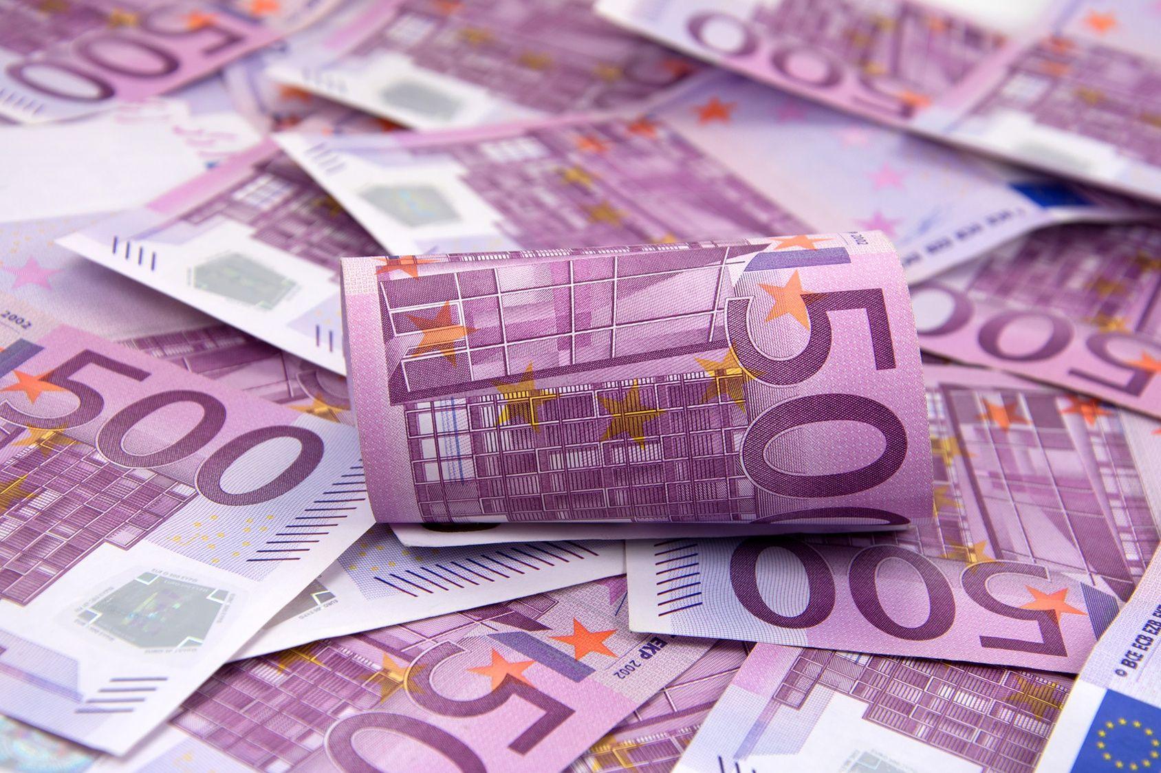 La Bce Va Cesser D'imprimer Les Billets De 500 Euros Fin 2018 encequiconcerne Pièces Et Billets En Euros À Imprimer